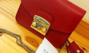 Как отличить оригинальную сумку Furla от подделки