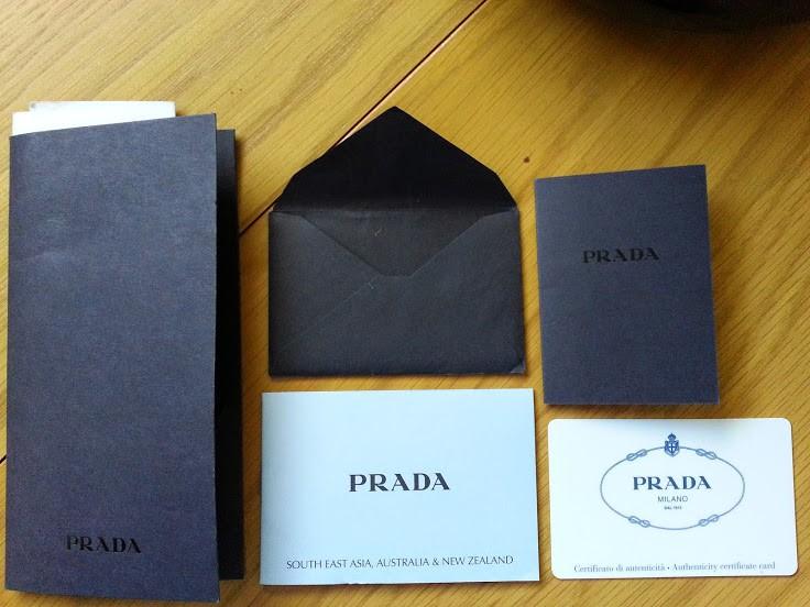 Комплект оригинальных документов Prada