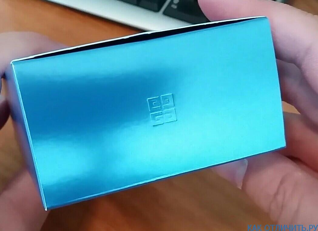 логотип на коробке
