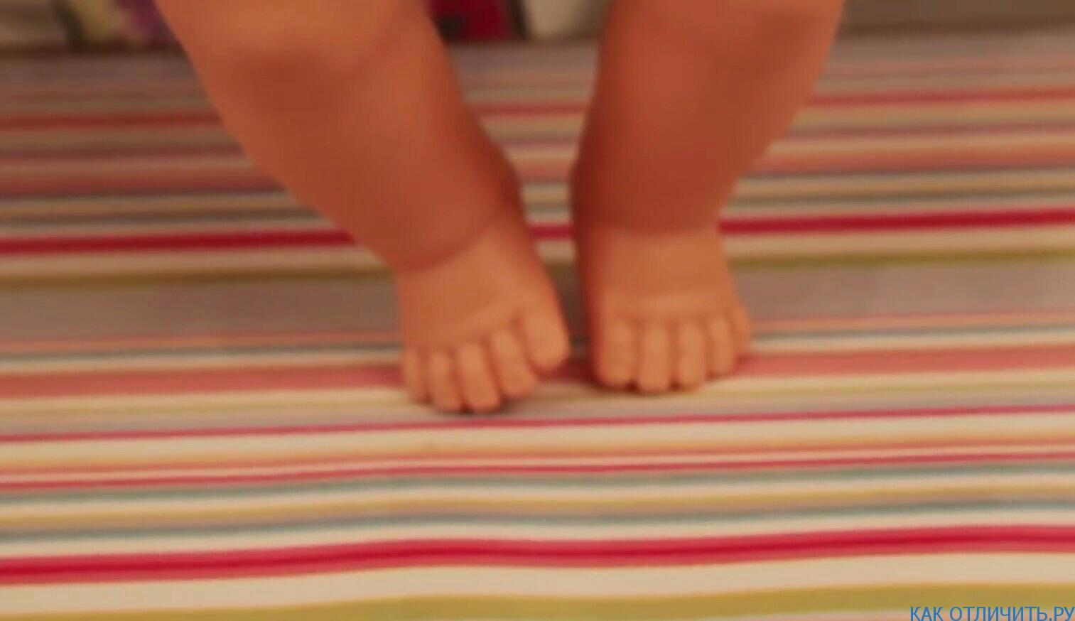 Ассимитричные ножки у куклы-аналога