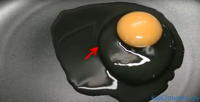 Два слоя белка четкие у свежего яйца